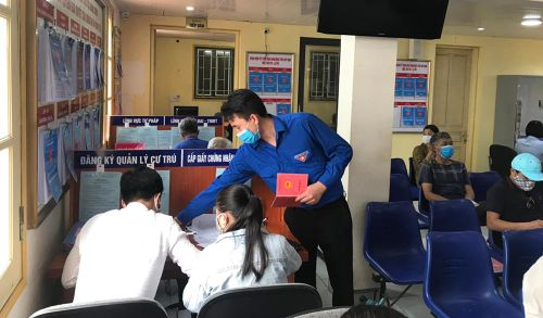 Quảng Yên: Hiệu quả mô hình Đội TNTN hỗ trợ dịch vụ công trực tuyến