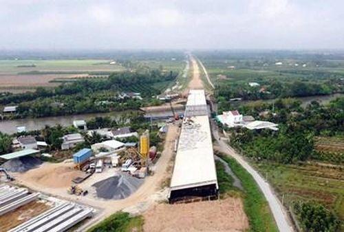 Lo ngại chậm tiến độ dự án cao tốc Mỹ Thuận - Cần Thơ