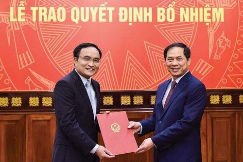 Bổ nhiệm lãnh đạo mới Bộ Ngoại giao, Bộ Quốc phòng, Văn phòng Chính phủ
