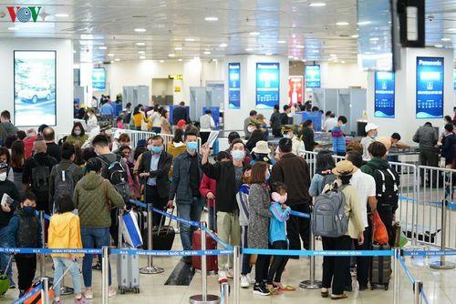 Hôm nay có 4 chuyến bay quốc tế đến Nội Bài, không có khách nhập cảnh