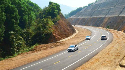 Đề xuất chỉ định DN quốc phòng làm cao tốc Bắc - Nam: Ứng cử viên nào sáng giá?