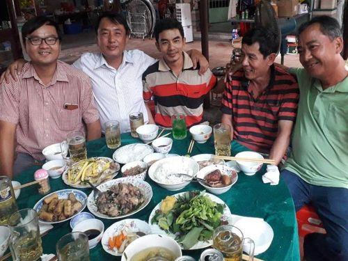 TP.HCM: Bà con Hóc Môn hoãn lễ hỏi để phòng dịch COVID-19