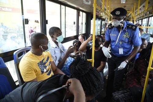 Sierra Leone thông báo ca nhiễm virus SARS-CoV-2 đầu tiên