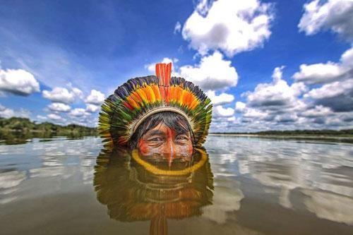Khám phá về các bộ lạc bí ẩn, sống tách biệt với thế giới ở Brazil