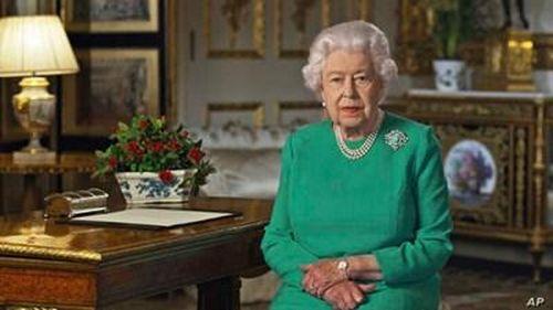 Nữ Hoàng Elizabeth ra lời hiệu triệu toàn dân Anh chung tay đối phó dịch Covid-19