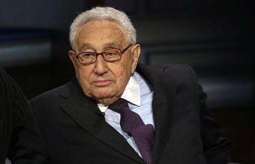 Cựu Ngoại trưởng Mỹ Henry A. Kissinger: Covid-19 sẽ thay đổi trật tự thế giới