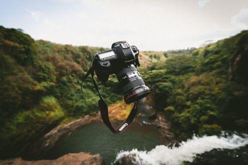 Canon đánh dấu năm thứ 17 liên tiếp dẫn đầu trong thị trường máy ảnh kĩ thuật số