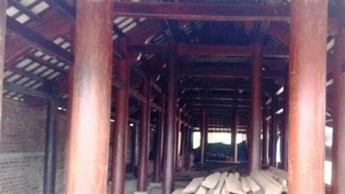 Quan chức để mất rừng, có nhà gỗ lớn: 'Có sao đâu'