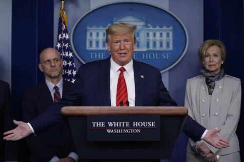 Khó khăn bủa vây Tổng thống Donald Trump khi cố gắng vực dậy nền kinh tế Mỹ