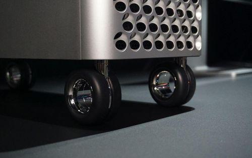 'Chất chơi' như Apple: Bán bánh xe cho máy Mac Pro hơn 16 triệu đồng