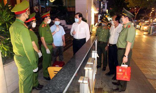 Công an TP Đà Nẵng quyết liệt trên tuyến đầu chống dịch