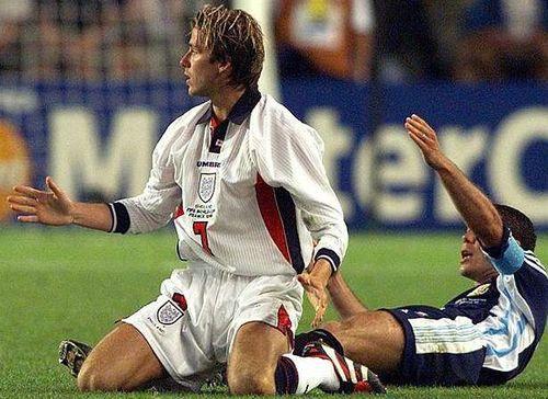 Ngày Beckham bị cả nước Anh quay lưng