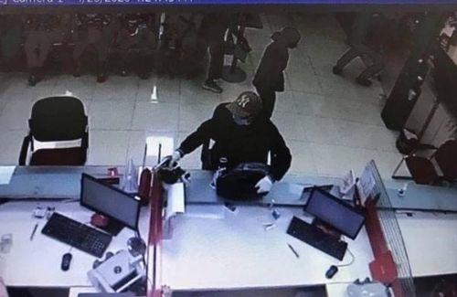 Nghi án nổ súng cướp ngân hàng Techcombank tại Sóc Sơn, Hà Nội