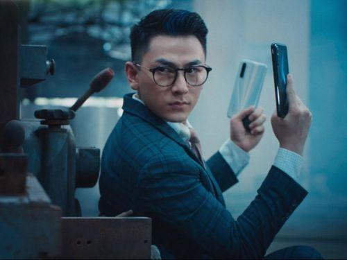 'Điệp viên' Isaac tung vũ khí đặc biệt trong phim ngắn