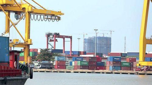 Hàng hóa xuất nhập khẩu, quá cảnh: Bảo hiểm bảo lãnh thông quan sẽ tạo đột phá
