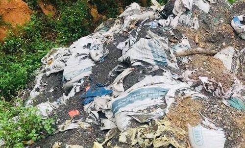Quảng Trị: Chôn lén chất thải có hàm lượng chì gấp 86 lần mức cho phép