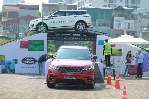 Loạt xe Jaguar Land Rover phiên bản mới xuất hiện tại đại lý