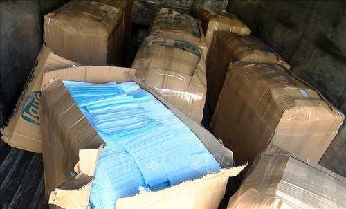 Tiêu hủy 42.000 khẩu trang y tế sản xuất không phép