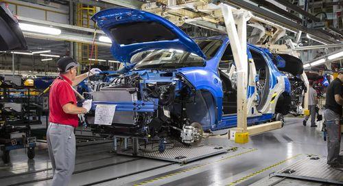 Covid-19 khiến doanh số ngành ô tô toàn cầu giảm 20% vào năm 2020
