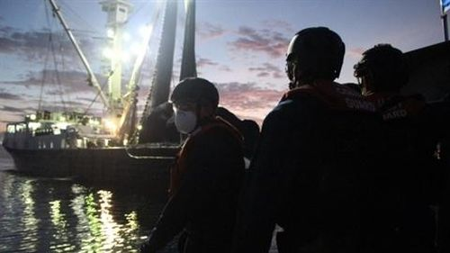 Hải quân Mỹ tấn công và bắt giữ tàu Venezuela