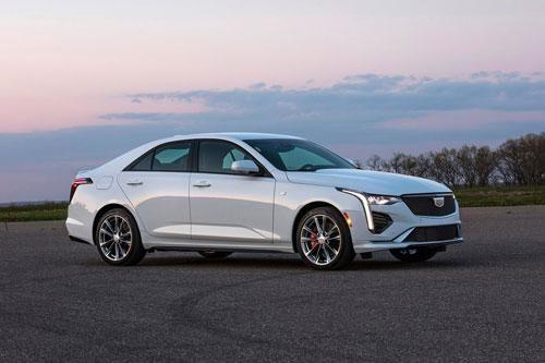 Sedan mạnh 325 mã lực, giá từ 796 triệu đồng, cạnh tranh với Mercedes-Benz A-Class