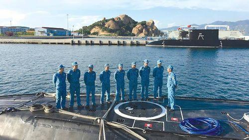 Chỉ huy tàu ngầm kể chuyện chinh phục 'hố đen đại dương'