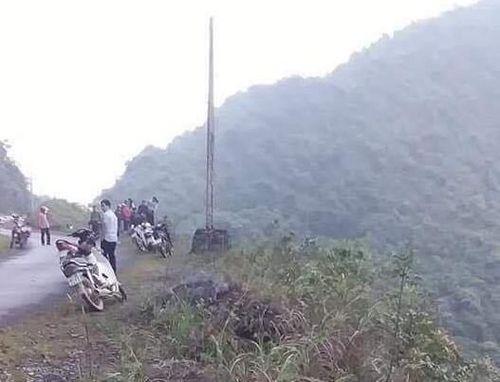 Hà Giang: Phát hiện thi thể cặp vợ chồng cùng xe máy dưới vực sau nhiều ngày 'mất tích'