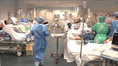 Không bảo vệ y tá trong đại dịch - 3 đơn vị y tế ở New York bị kiện