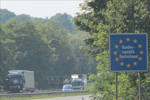 Đức kêu gọi Ba Lan và CH Séc sớm mở lại cửa biên giới