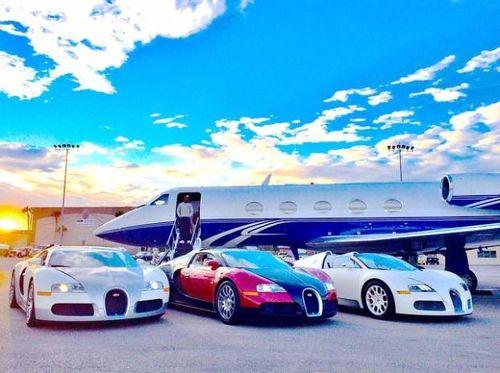 Bộ sưu tập siêu xe trị giá 24 triệu USD của Mayweather
