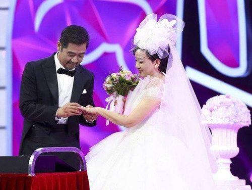 'Càn Long' Trương Quốc Lập: 30 năm hạnh phúc bên người vợ hiền dù không có con chung