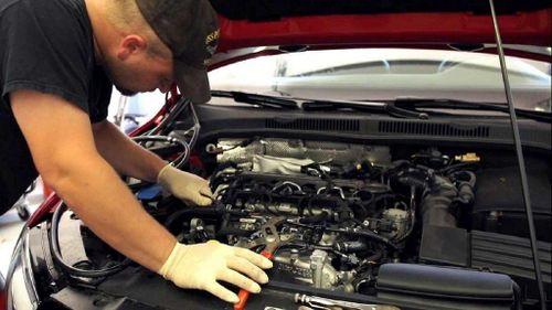 Tìm hiểu về muội than động cơ ô tô và cách vệ sinh hiệu quả