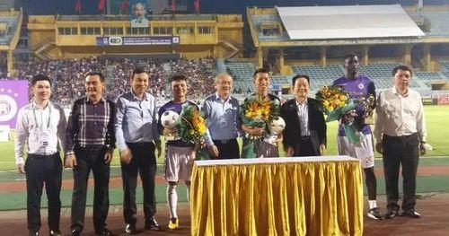 CLB Hà Nội FC vinh danh các cầu thủ đạt danh hiệu Quả bóng Vàng
