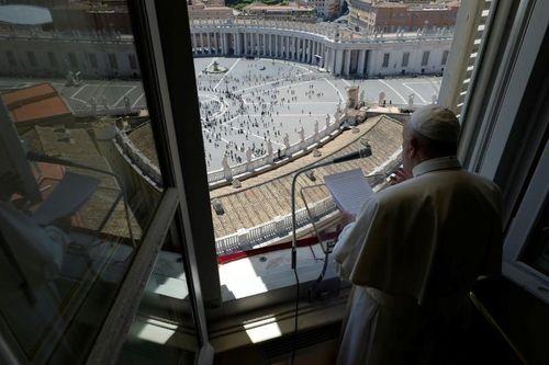 Giáo hoàng Francis: Con người quan trọng hơn kinh tế