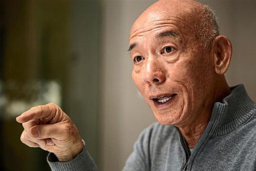 Câu chuyện về chai tương ớt 'thống trị thế giới' được tạo ra bởi người đàn ông gốc Việt