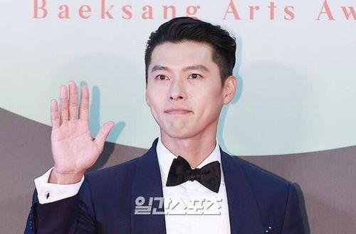 Thảm đỏ 'Baeksang 2020': Son Ye Jin tái hợp Hyun Bin - Jung Hae In, cùng Park Seo Joon - IU và Gong Hyo Jin tỏa sáng