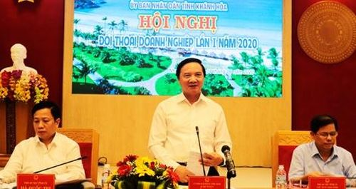 Khánh Hòa: Bí thư, Chủ tịch đối thoại với 180 doanh nghiệp