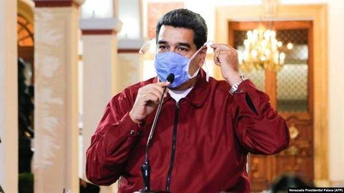 Iran iếp tục hỗ trợ Venezuela chống dịch COVID-19