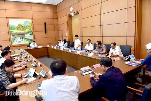 Quốc hội biểu quyết thông qua Nghị quyết về Chương trình giám sát của Quốc hội năm 2021