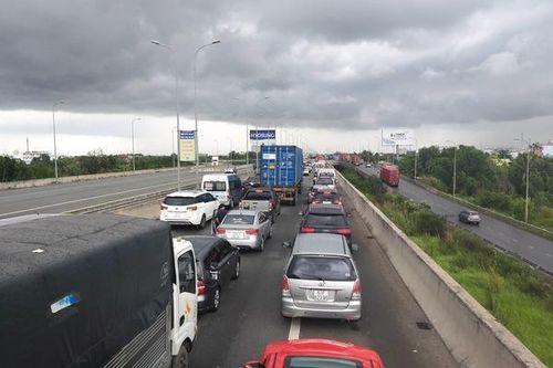 TP.HCM đề xuất bổ sung nút giao kết nối cao tốc với thành phố phía Đông