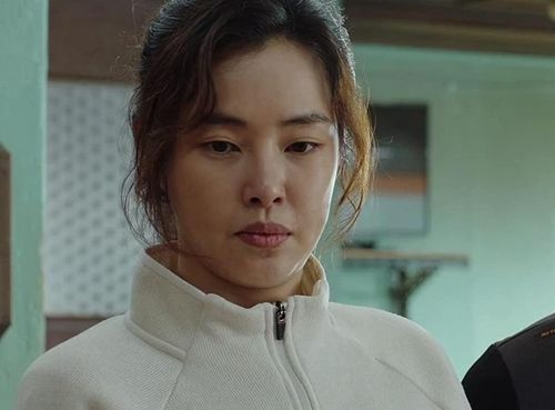 Hoa hậu đẹp nhất Hàn Quốc và những lần xấu bất ngờ trên phim
