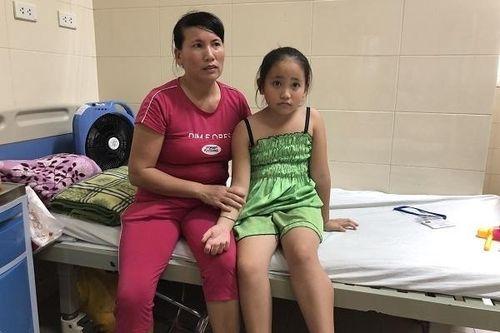 Nỗi đau có con ung thư của người mẹ từng bị lừa bán sang Trung Quốc