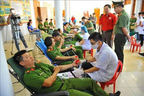 Công an tỉnh Ninh Bình hưởng ứng Ngày Quốc tế tôn vinh người hiến máu