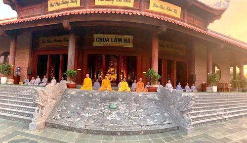 60 Phật tử xuất gia gieo duyên tại chùa Lâm Hà