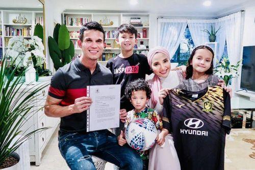 CLB Thai-League giảm nửa lương, cầu thủ bỏ đi