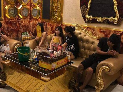 Nhóm 9X vào quán karaoke King để dùng ma túy
