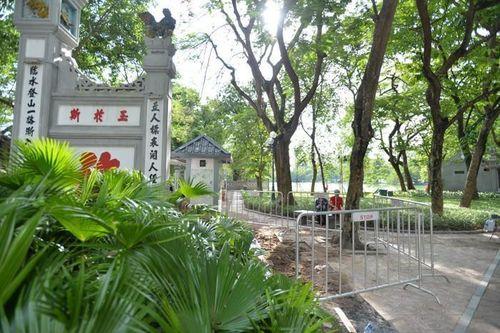 Thực hư phát hiện 7 ngôi mộ cổ ở đền Ngọc Sơn
