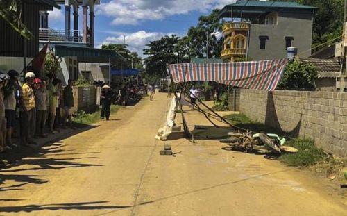 Người phụ nữ tử vong do va chạm xe container ở đường liên xã