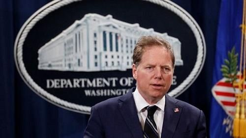 Ông Trump sa thải công tố viên quyền lực ở Manhattan