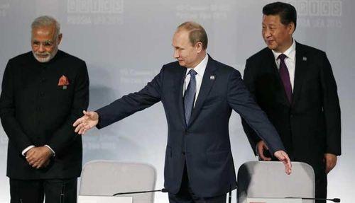 Căng thẳng biên giới Ấn - Trung, Nga âm thầm hòa giải ra sao?